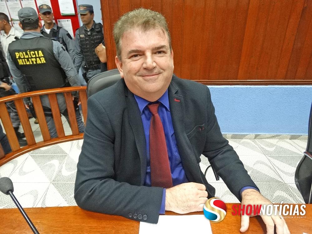 Pedido de extinção do mandato de vereador de Juara é negado por unanimidade em sessão da Câmara Municipal.