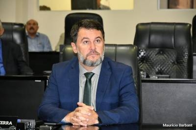 Escola de Tabaporã recebe R$ 111 mil reais para construção de quadra coberta