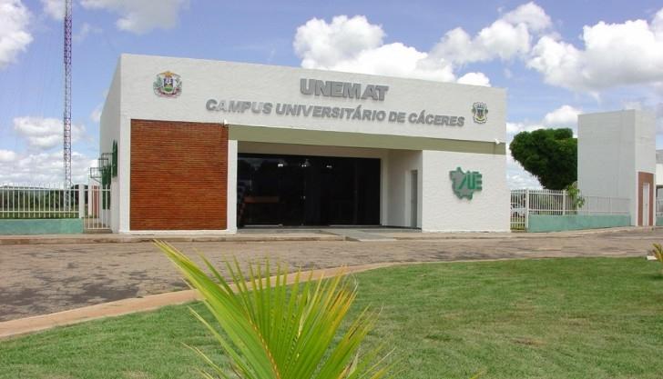 Reitoria da Unemat apresenta aplicação de recursos à Comissão de Educação