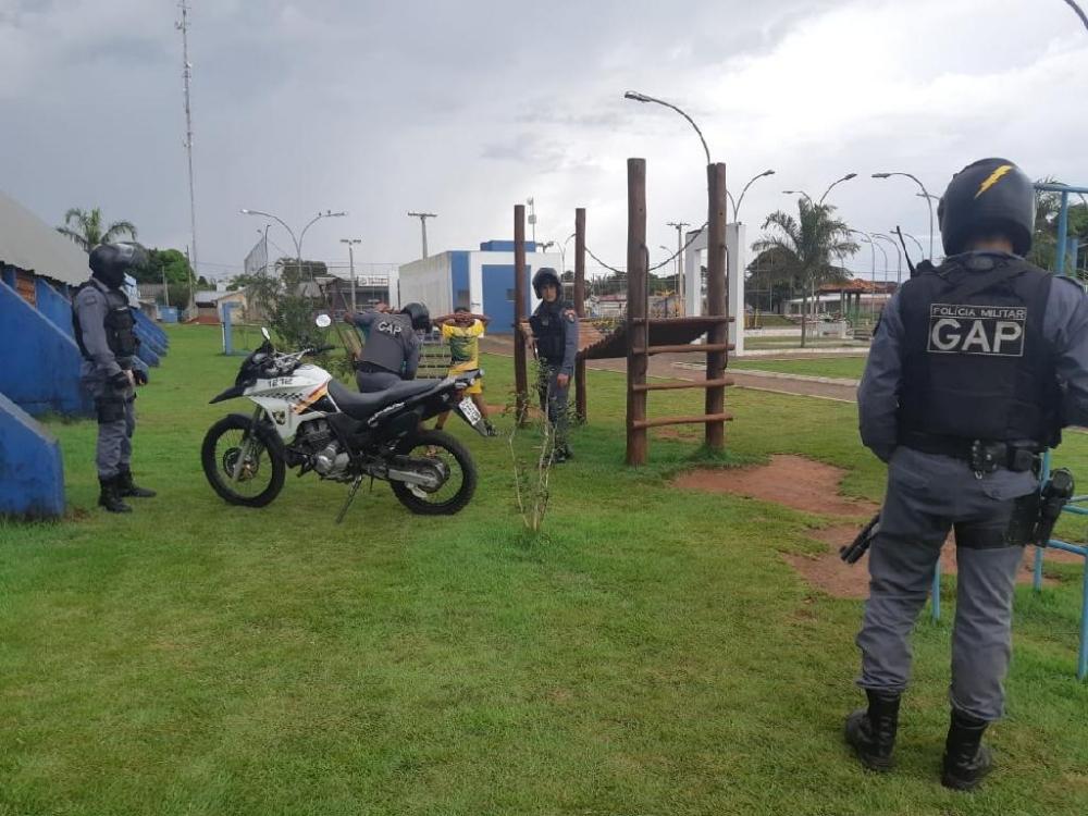 PM prendeu cerca de 400 pessoas com mandados de prisão em aberto