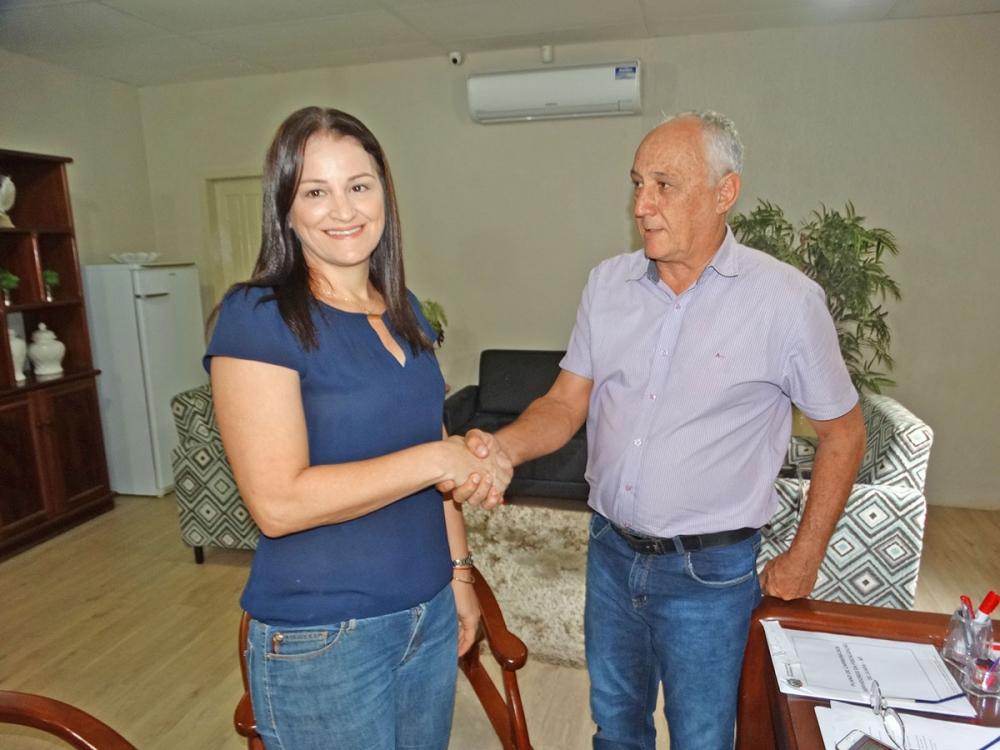 Vereadora Marta Dalpiaz é escolhida líder do prefeito Carlos Sirena na Câmara de Vereadores.