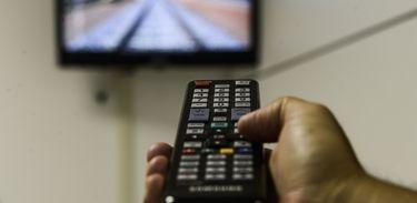 Lei facilita cancelamento de assinatura de TV paga