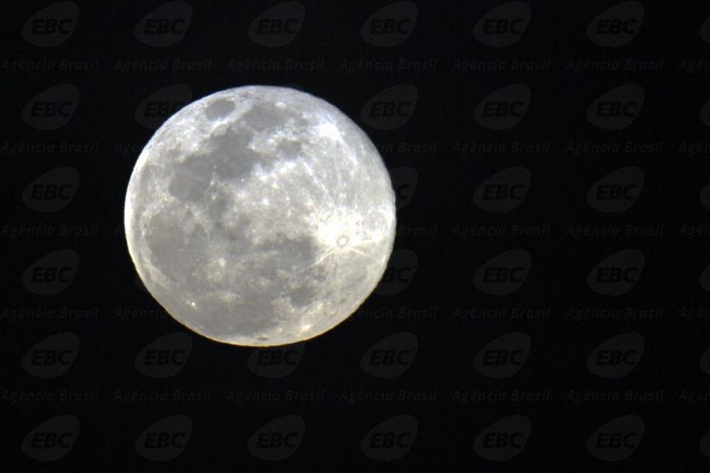 Missão espacial chinesa desvenda segredos do lado oculto da Lua