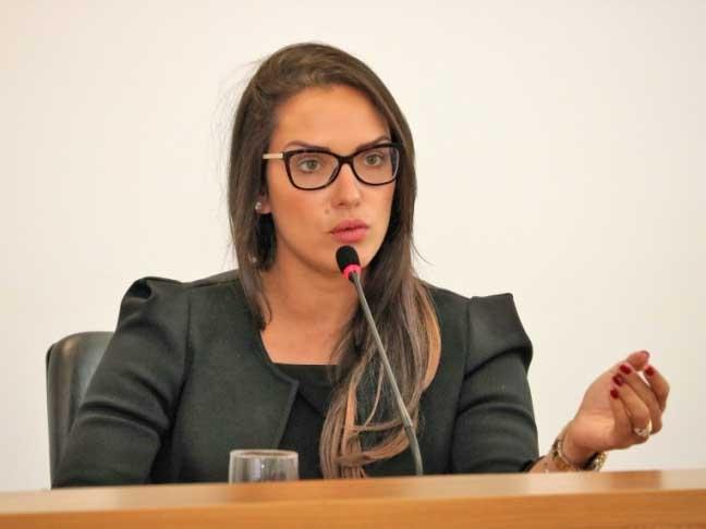 Janaina avalia proposta de redução de Verba Indenizatória como midiática  e inconstitucional