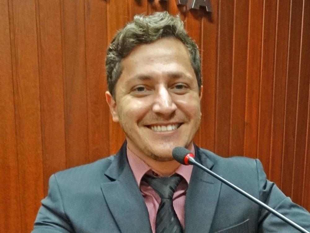 Vereador Flavinho pede que prefeitura resolva problemas na serra de Itapaiuna