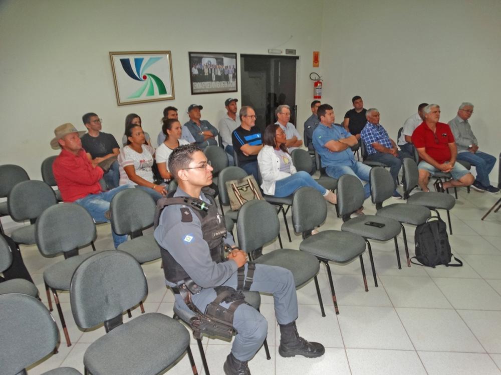 Polícia Militar e Conselho de Segurança buscam alternativas de segurança na área rural de Juara
