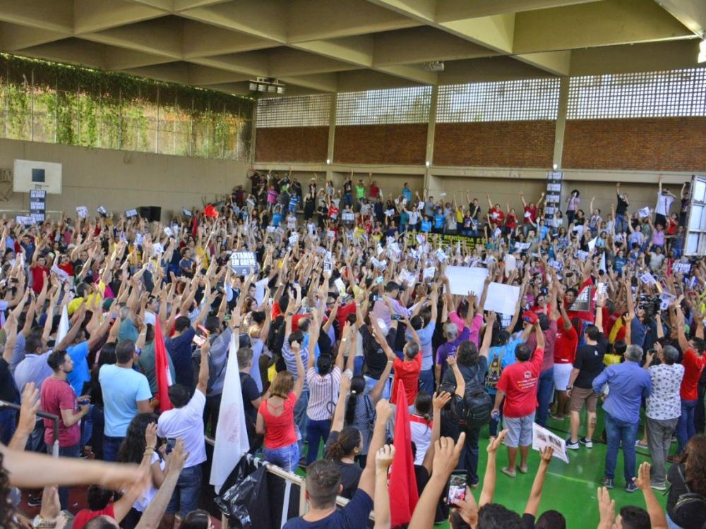 Sintep decide que greve da educação estadual em Mato Grosso continua