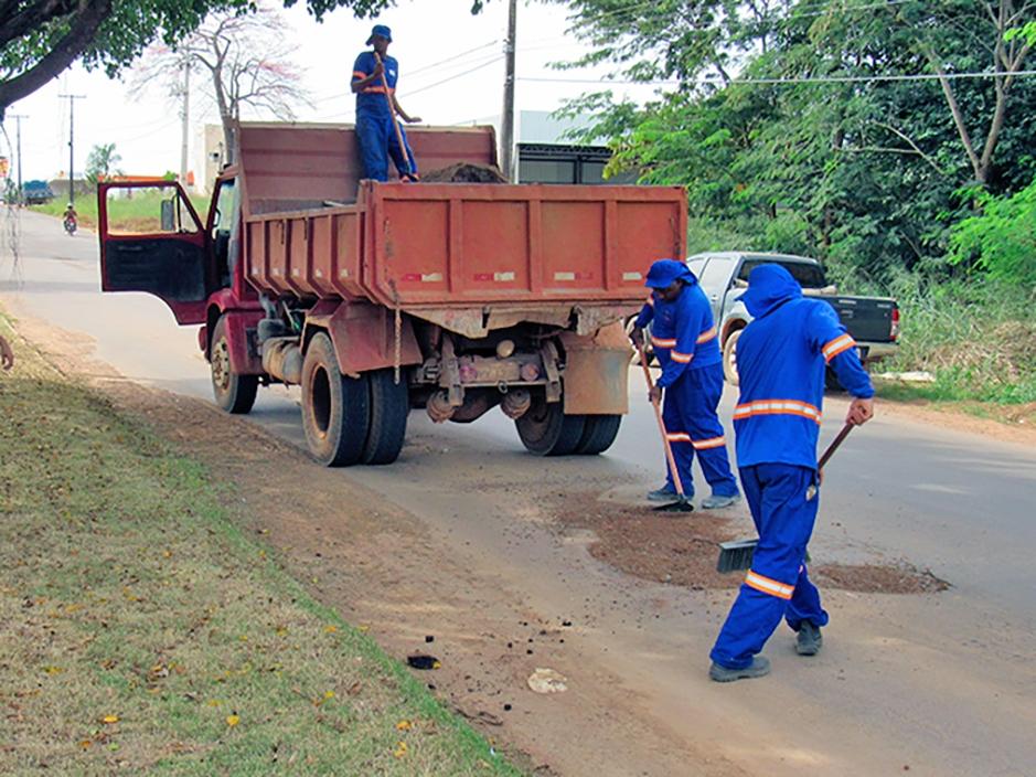 AGRIMAT inicia serviços de recuperação das Avenidas Rio Grande do Sul e José Alves Bezerra