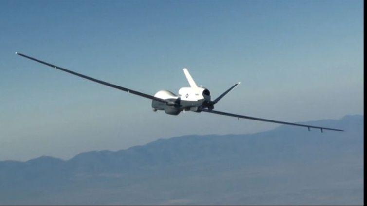 Irã anuncia que derrubou drone dos Estados Unidos