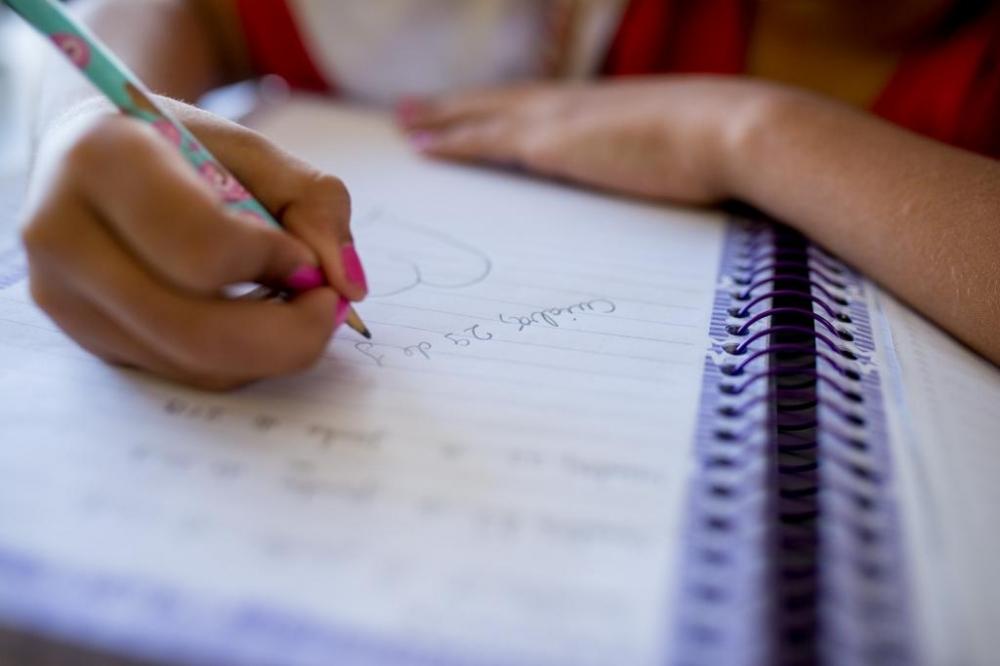 Mais de 57% das escolas estaduais estão funcionando de forma integral ou parcial