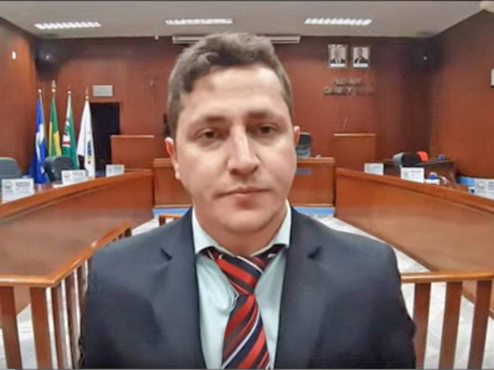 Vereador Flavinho se posiciona contra aumentos abusivos de impostos pelo governo do estado.