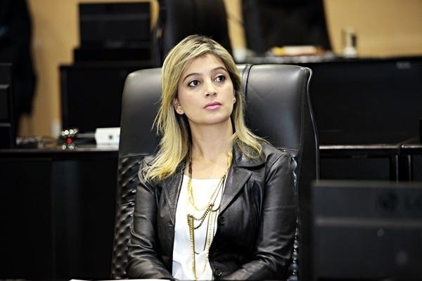 Ex-deputada Luciane Bezerra recebeu mais de R$ 4 milhões em dinheiro e combustível, revela documento