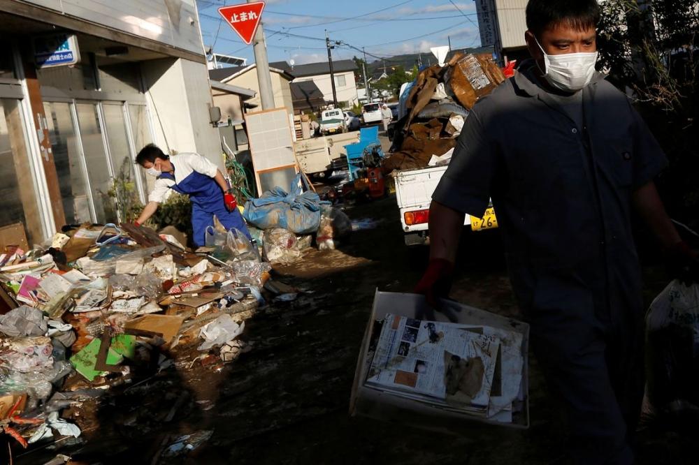 Equipes de resgate continuam em busca de desaparecidos no Japão