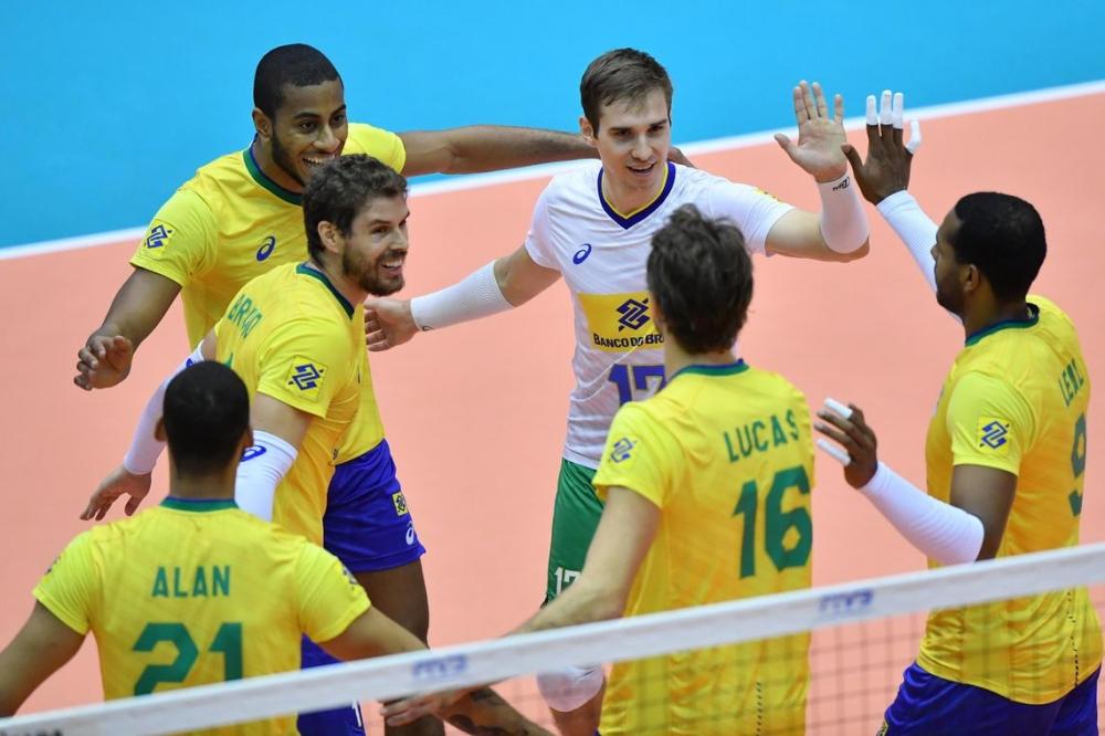 Já campeão, Brasil atropela Itália e termina invicto campanha no Japão