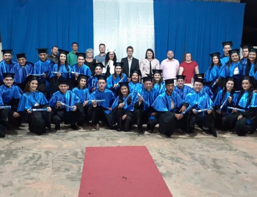 Novo Horizonte do Norte registra colação de grau da primeira turma de Técnico em Agropecuária