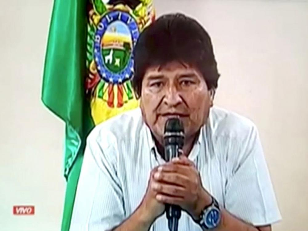 Após renunciar, Evo Morales diz que teve casa atacada e que polícia tem ordem para prendê-lo
