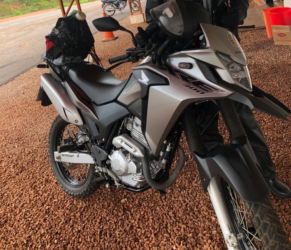 Jovem de Juara tem moto roubada em assalto a mão armada