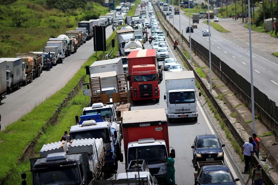 Após retirada de radares, cresce nº de mortos nas rodovias
