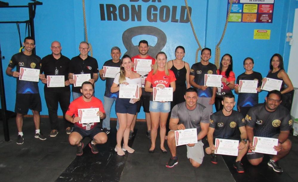 Câmara Municipal homenageia integrantes e organizadores da I Copa Juara de Fisiculturismo.