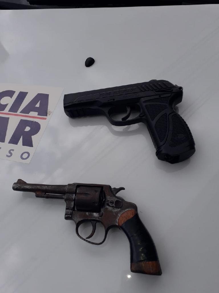 Policiais desconfiam de ausência de funcionários e frustam roubo em loja no centro de Cuiabá