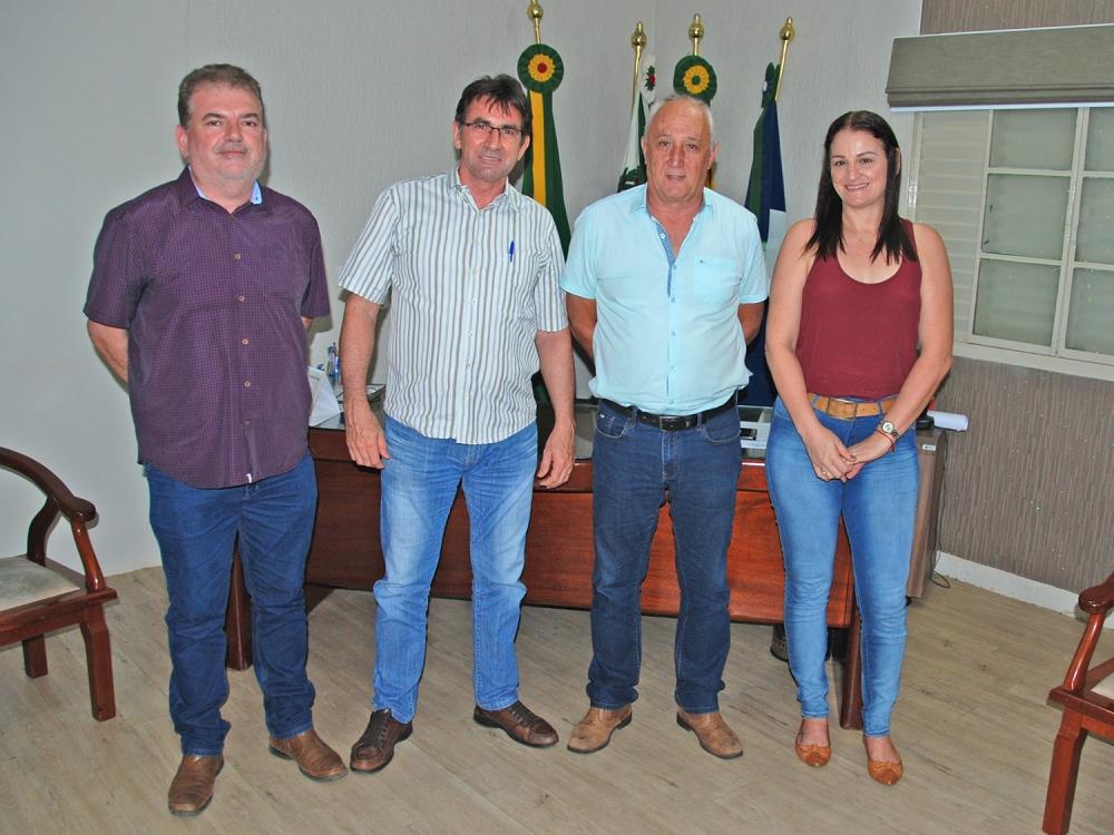 Álvaro Pasqualotto visita prefeito Carlos Sirena e diz que está animado para investir em Juara.