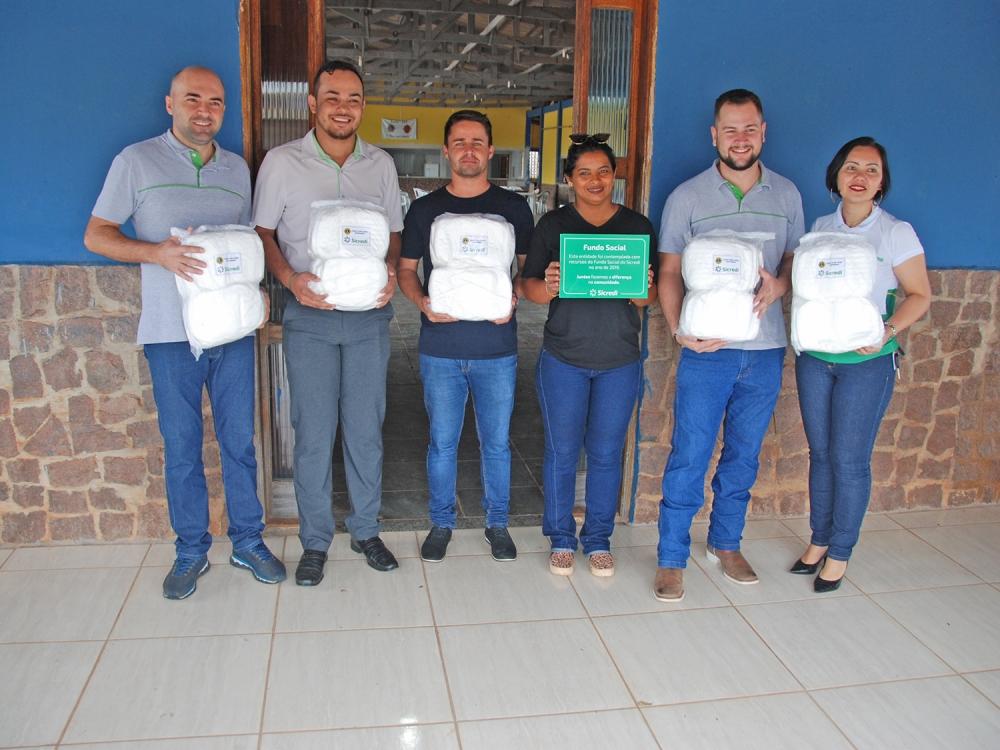 Parceria entre Lions Clube, Sicredi e MP de Juara e entidades possibilita a confecção de fraldas geriátricas