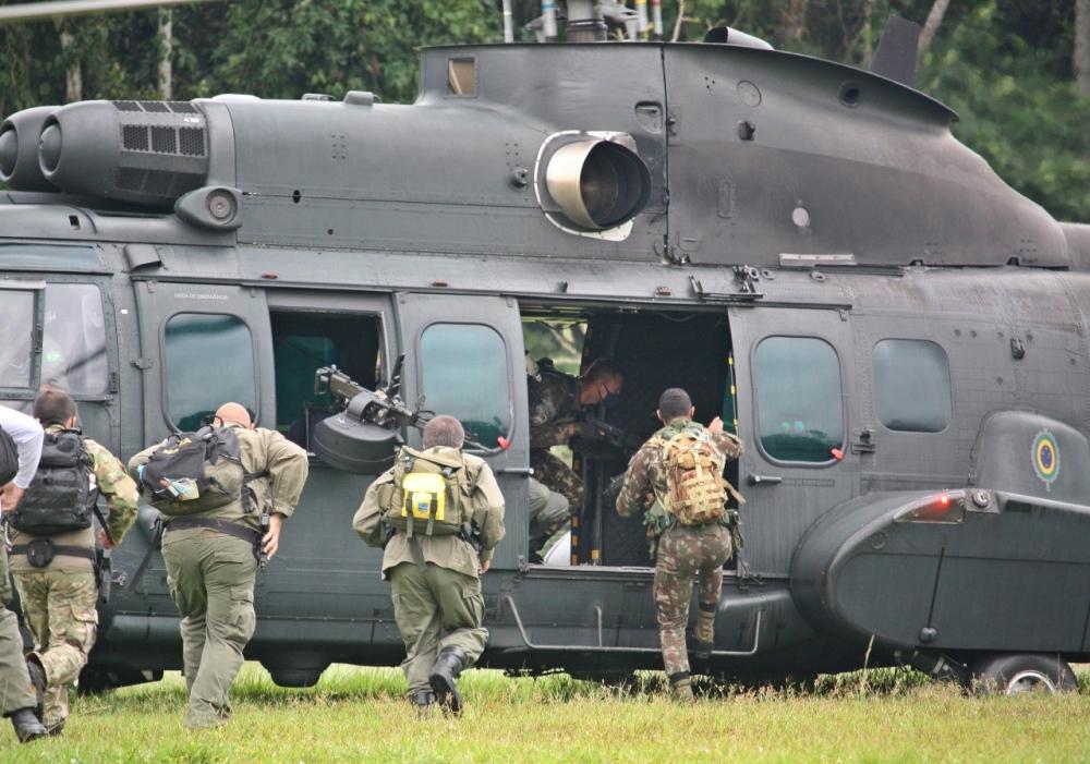 Na Amazônia Legal, militares agem na Operação Verde Brasil 2