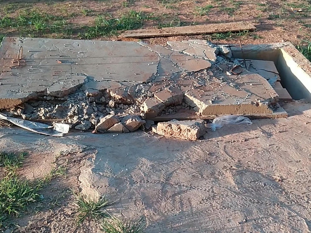 O mesmo cidadão que reclama a falta de asfalto, é o mesmo que destrói