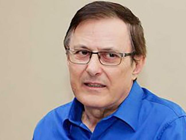 Conselheiro Valdir Teis desceu 16 andares correndo com R$ 450 mil em cheques de empresas de MT