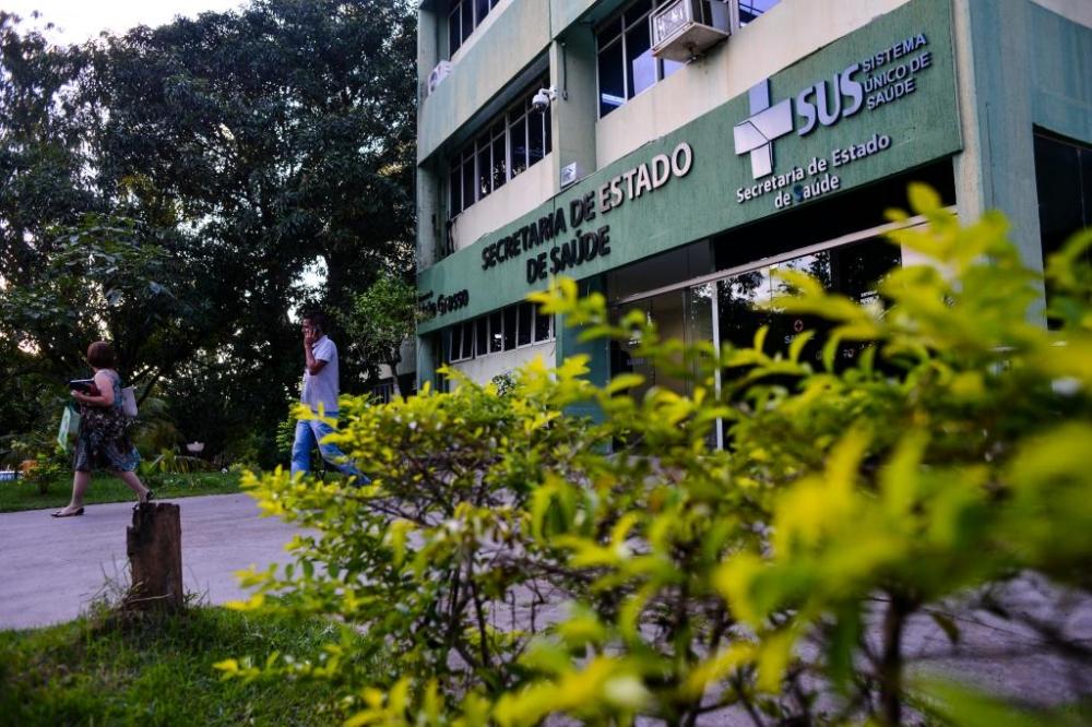 """Secretaria de Saúde pede que MPE notifique cidades classificadas como """"risco muito alto"""""""
