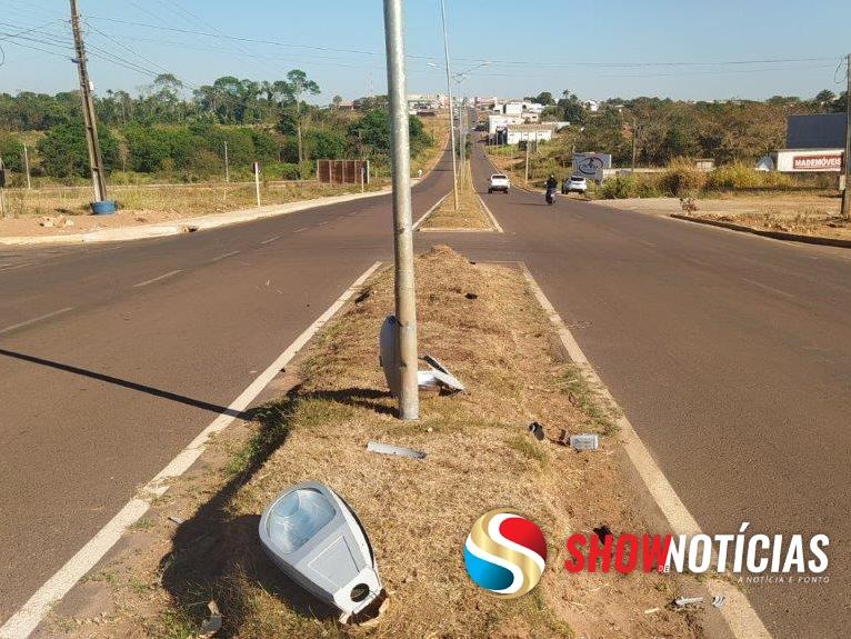Juara: Jovem de 16 anos morre após chocar-se em poste na Avenida Ayrton Senna.