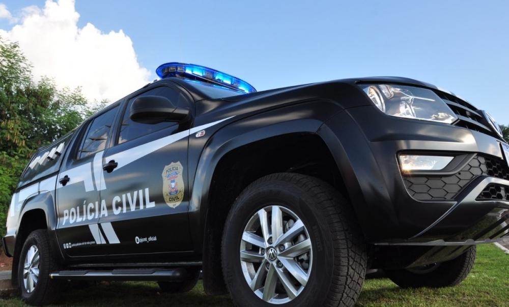 Policiais civis cumprem mandado contra suspeito que praticou abuso contra criança de 12 anos
